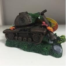Декорация затонувший танк 17*9*9